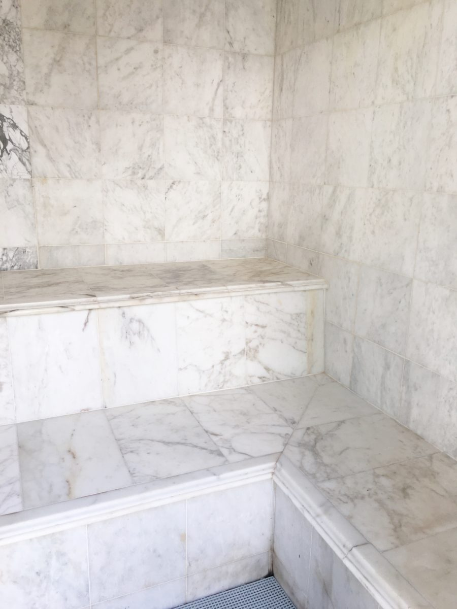 loved this floor to ceiling marble in the steam room
