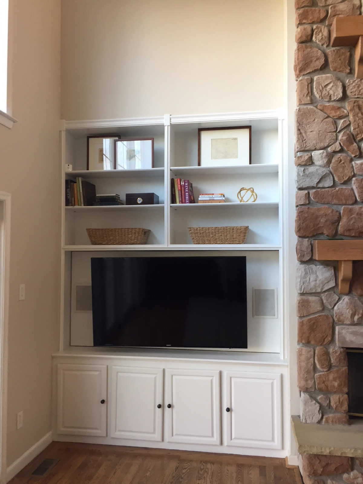 Sarah Tucker Two Story Family Room What Would I Do Sarah Tucker - Two story family room decorating ideas